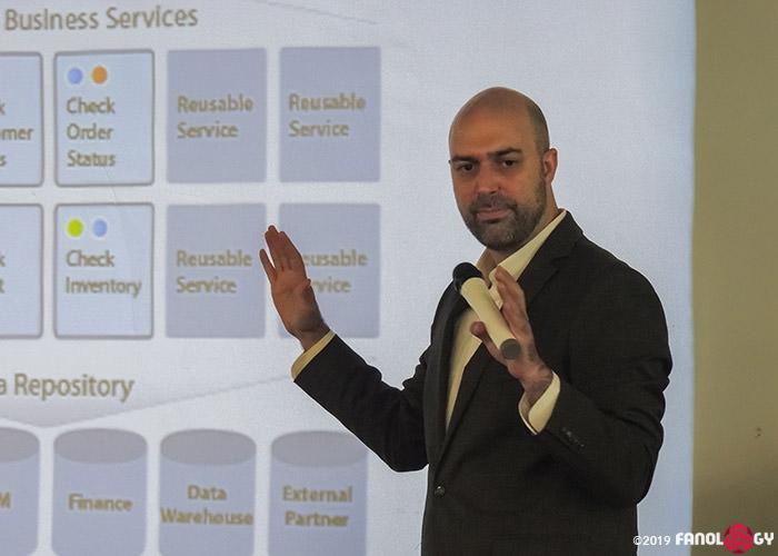 Service-Oriented Architecture (معماری سرویس محور)