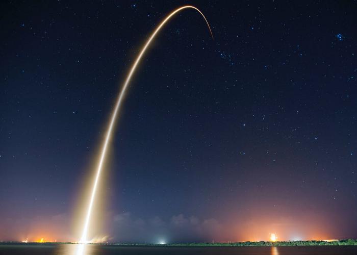 پرتاب موشک/lunching rocket